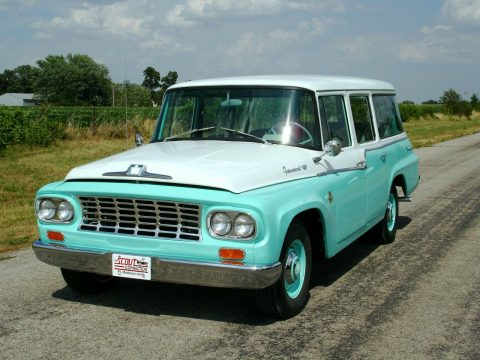 1962 International Harvester Travelall na prodej