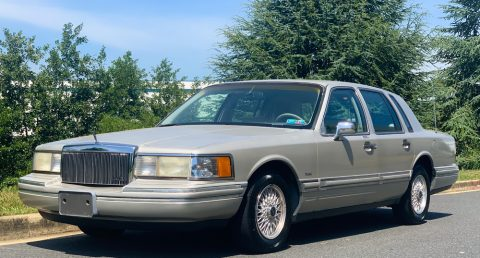 1992 Lincoln Town Car na prodej