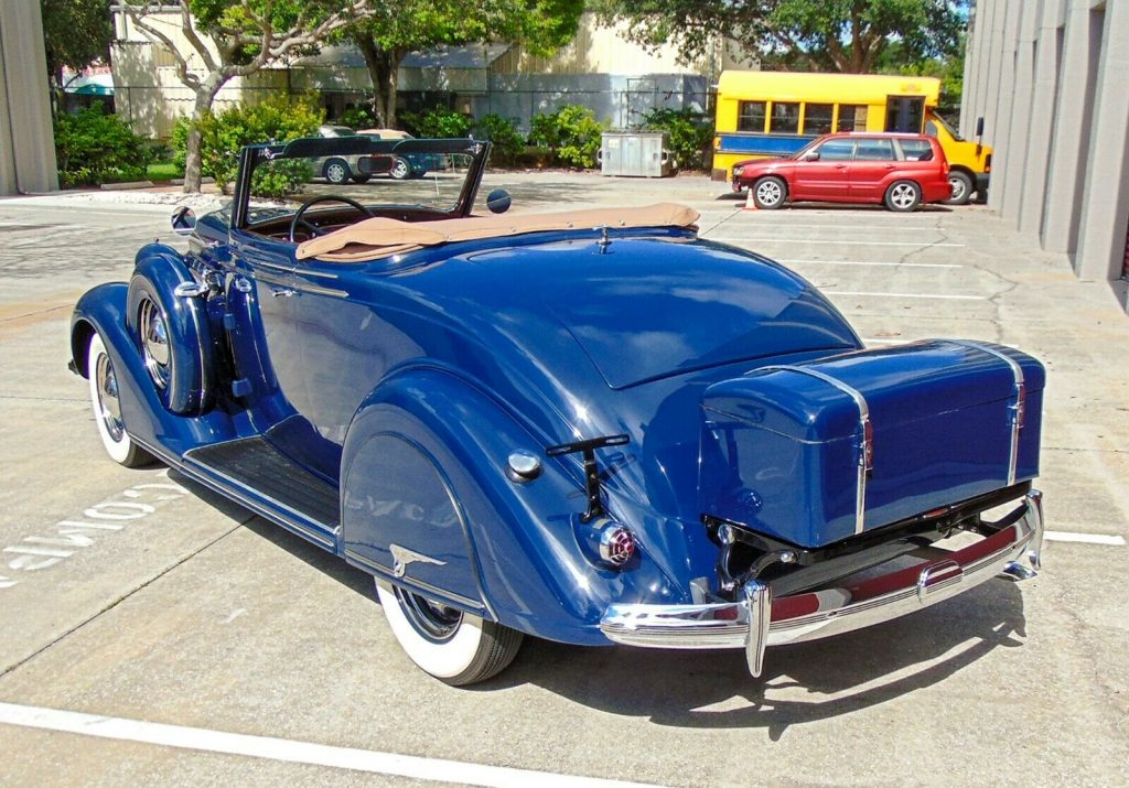 1936 Chrysler Airstream Convertible