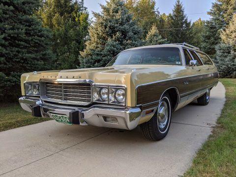 1973 Chrysler Town & Country na prodej