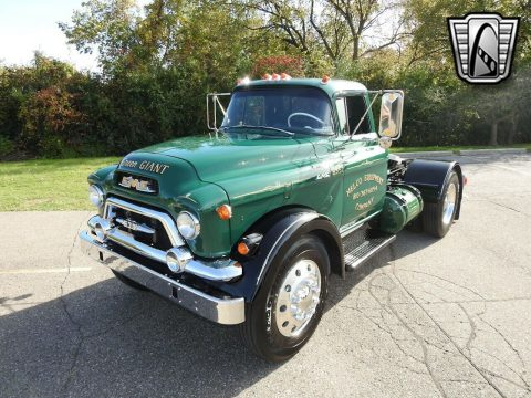 1957 GMC 630 na prodej