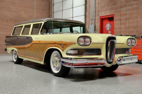 1958 Edsel Bermuda na prodej