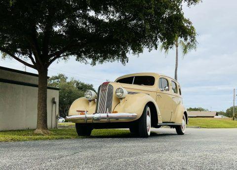 1935 Pontiac Sedan na prodej
