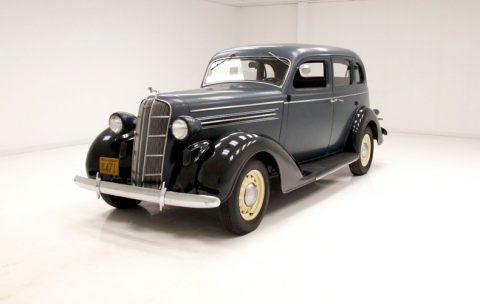 1935 Dodge Model DU Sedan na prodej