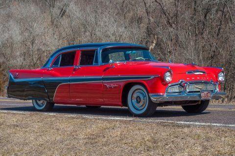 1956 DeSoto Fireflite na prodej