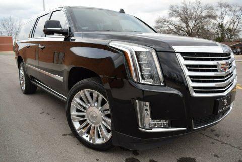 2016 Cadillac Escalade na prodej