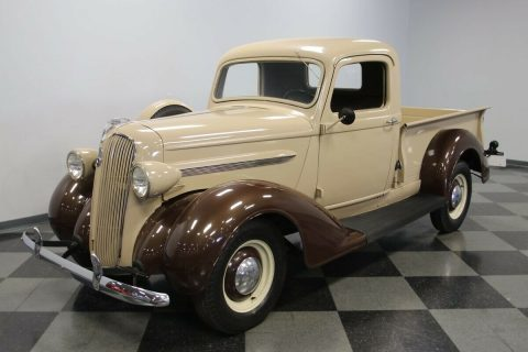 1937 Plymouth PT-50 na prodej