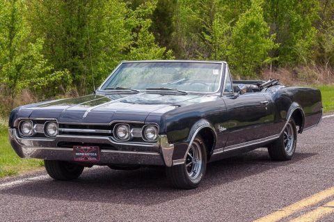 1967 Oldsmobile Cutlass Convertible na prodej