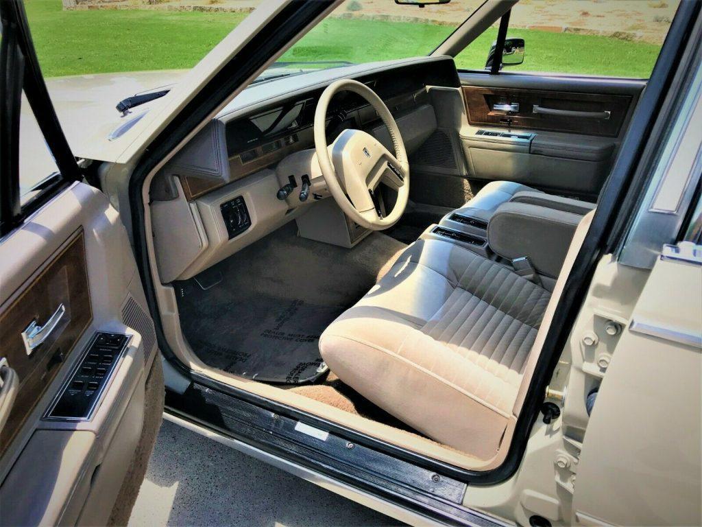 1987 Lincoln Continental