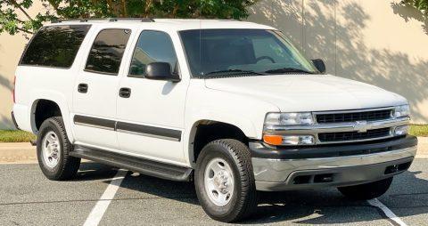 2003 Chevrolet Suburban na prodej