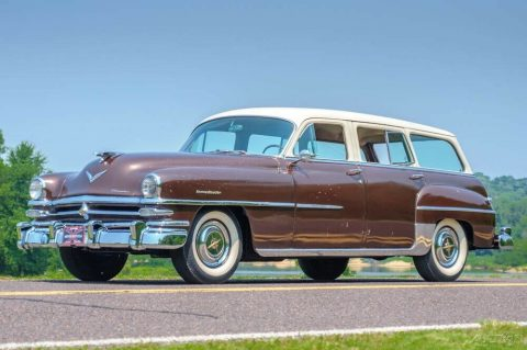1953 Chrysler New Yorker Town & Country na prodej