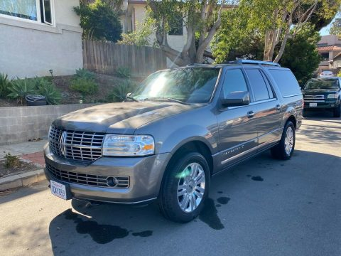 2013 Lincoln Navigator na prodej